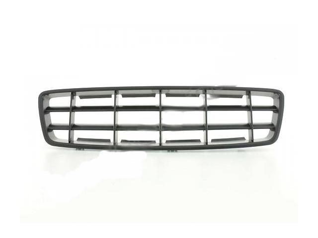 продам Решетка радиатора Volvo XC70 черная бу в Луцке