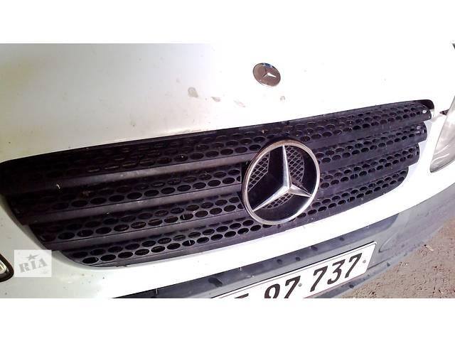 купить бу Решетка решётка решітка радиатора радіатора на Mercedes Vito Вито 639 (2003-2009)г. в Ровно