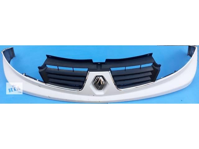купить бу Решётка, решітка радиатора, решотка бампера Renault Trafic 1.9, 2.0, 2.5 Рено Трафик (Vivaro, Виваро) в Ровно