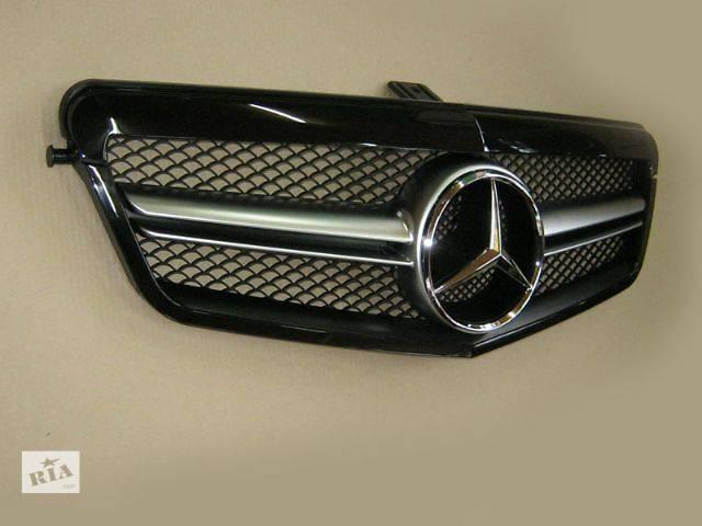 бу  Решетка радиатора Mercedes E-class W212 в Луцке
