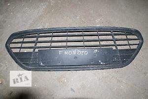 Решітка радіатора Ford Mondeo