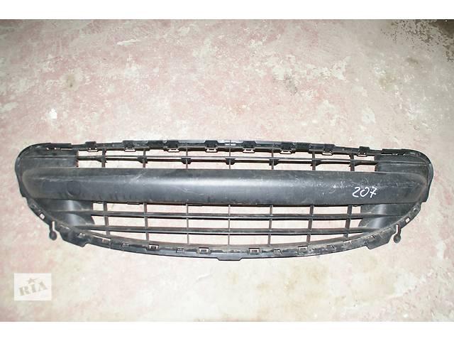 купить бу  Решітка радіатора для легкового авто Peugeot 207 в Львове