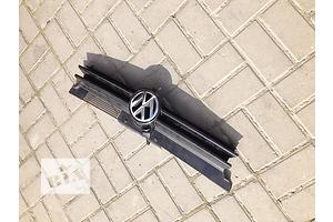 б/у Решётка радиатора Volkswagen Golf IV