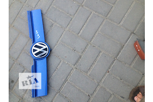 б/у Решётка радиатора Volkswagen Lupo