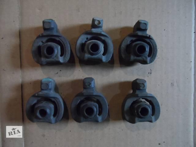 купить бу Резиновое кольцо глушителя Renault Master Рено Мастер Opel Movano Опель Мовано 2003-2010 в Ровно