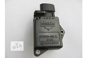 Витратомір повітря Nissan Primera
