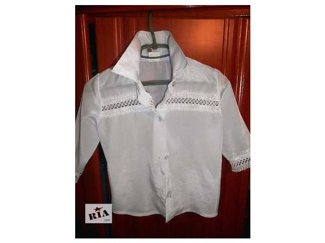 продам Рубашка на девочку бу в Томашполе