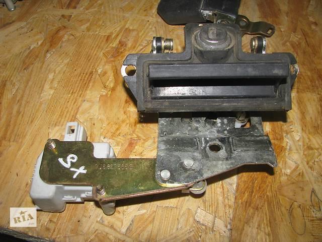 купить бу ручка багажника для хэтчбека Skoda Octavia 2002 1U6827565B в Львове