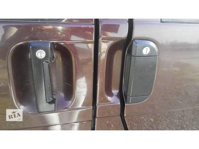 бу  Ручка двери Volkswagen Caravella Фольсваген Т 4 (Транспортер, Каравелла) в Ровно