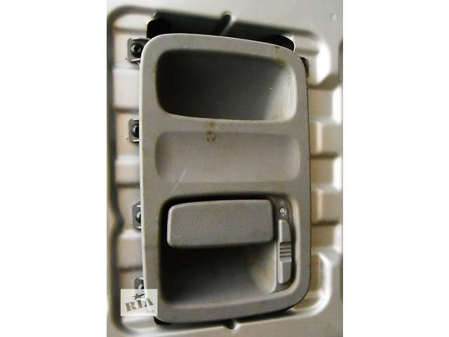 купить бу Ручка внутренняя на задние двери Mercedes Sprinter 906, 903 (215, 313, 315, 415, 218, 318, 418, 518) в Ровно