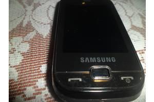б/у Мобильные на две СИМ-карты Samsung Samsung B5722 Duos