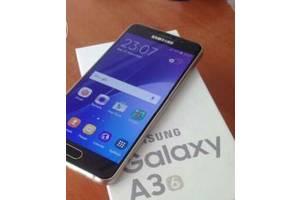 б/у Сенсорные мобильные телефоны Samsung Samsung Galaxy A3