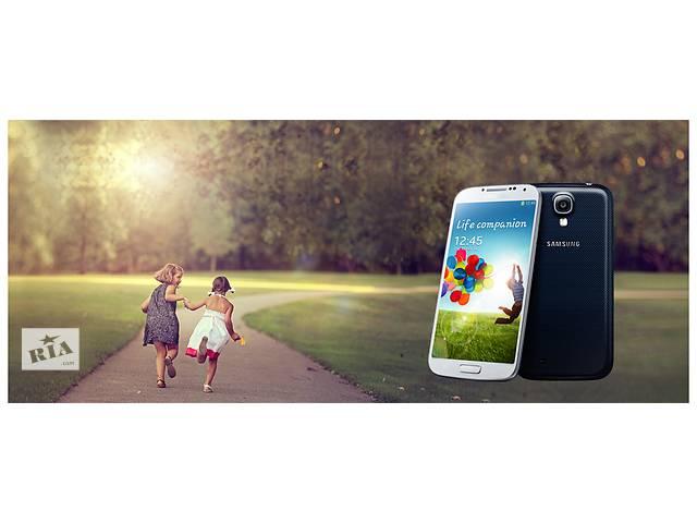 купить бу Samsung Galaxy S4 Новый!Оригинал с гарантией! в Киеве