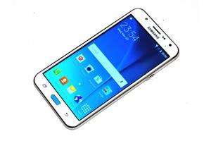 Нові Недорогі китайські мобільні Samsung Samsung Galaxy J7