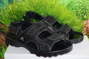 Нові чоловічі сандалі Adidas