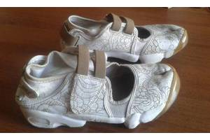 б/у Сандалии Nike