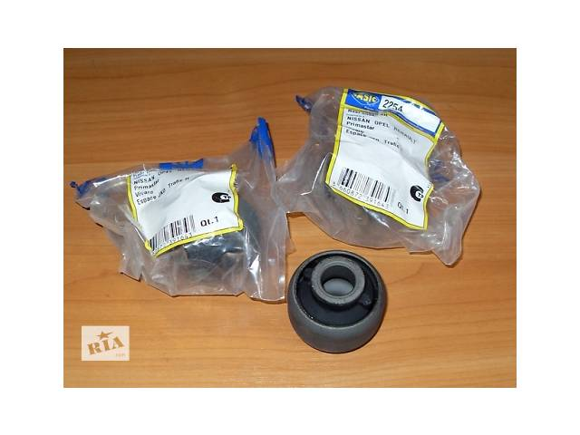 купить бу Сайлентблок переднего рычага  SASIC  Германия  на  1.9 / 2.0 / 2.5dci - RENAULT TRAFIC / OPEL VIVARO в Луцке