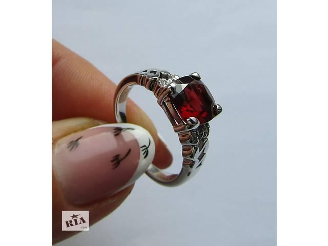 купить бу Серебряное кольцо с Гранатом и Алмазами!! Видео в Сумах