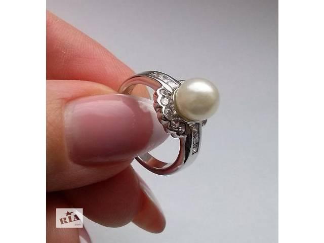 бу Серебряное кольцо с натуральным жемчугом 8мм и фианитами в Сумах