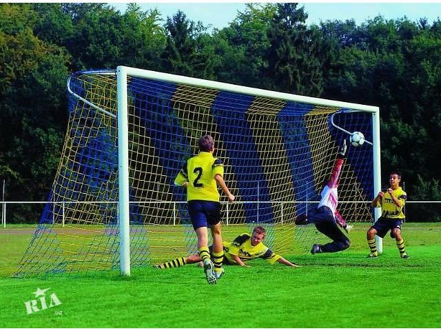 продам Сетка для футбольных ворот белая, сетка футбольная цветная клубная бу в Киеве