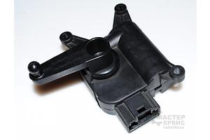 б/у Шаговый двигатель печки Volkswagen Touareg