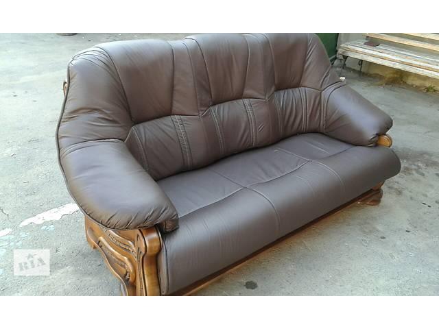 бу Кожаная мебель, раскладной диван + 2 кресла на дубе Alfa I в Дрогобыче