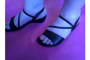 б/у Женские туфли