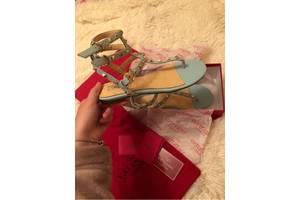 Жіноче взуття Welfare