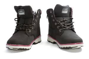 Нові Жіночі черевики і напівчеревики