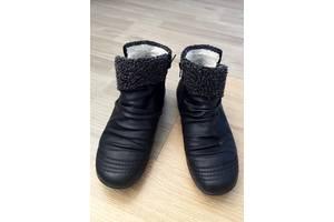 Жіночі черевики і напівчеревики Rieker