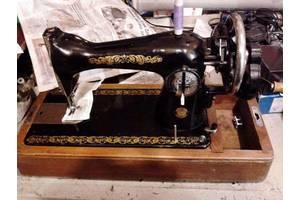 б/у Ручные швейные машинки