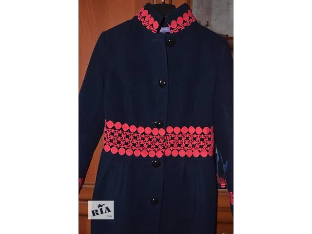 продам Шикарное пальто осень-зима бу в Черновцах