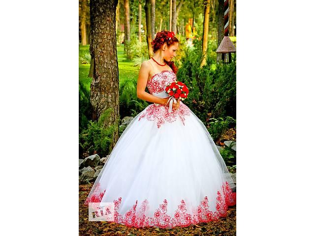 продам Шикарное свадебное платье бу в Харькове