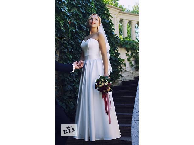 Шикарное свадебное платье- объявление о продаже  в Киеве