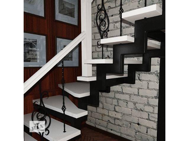 бу Лестницы деревянные с коваными элементами в Ровно