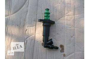 б/у Рабочие цилиндры сцепления Skoda Octavia Tour