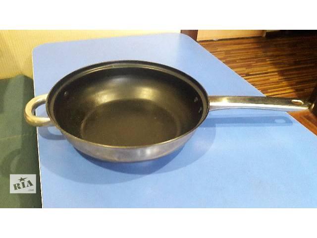 продам сковородки бу в Запорожье