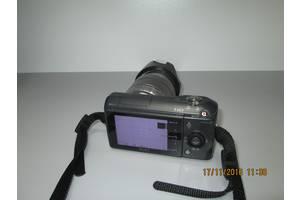 б/у Цифровые фотоаппараты Sony NEX-3A 16mm
