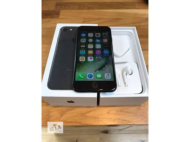 купить бу Совершенно новый запечатанный Apple, iPhone 7 и 7 плюс в Тернополе