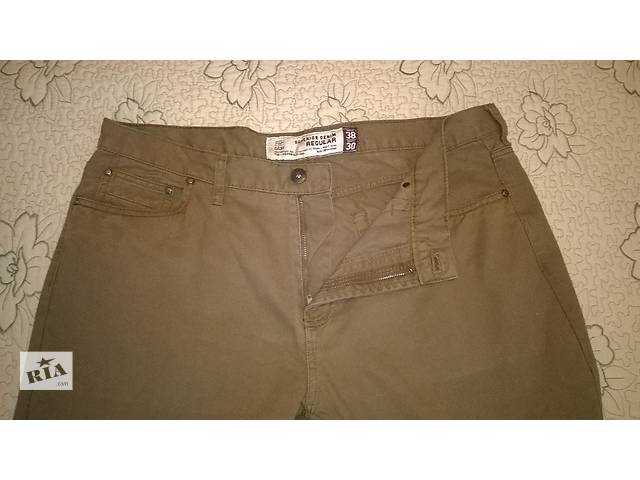 продам современные джинсы цвет песок бренд F&F розмер 52-54 рост 180.. бу в Мариуполе (Донецкой обл.)
