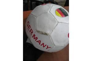 б/у Футбольные мячи