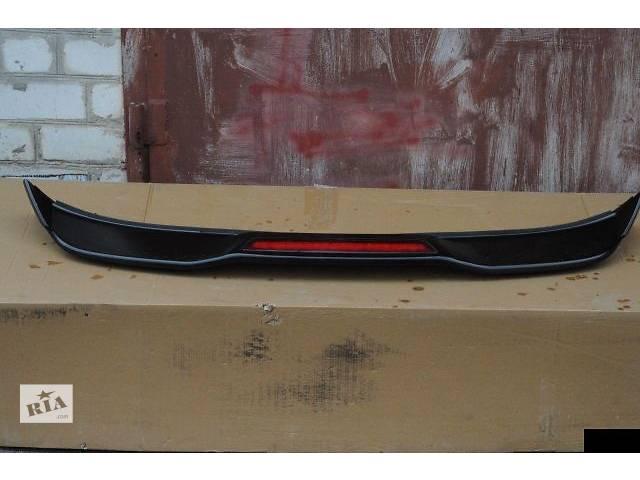продам Спойлер крышки Porsche Cayenne S 2011 бу в Киеве