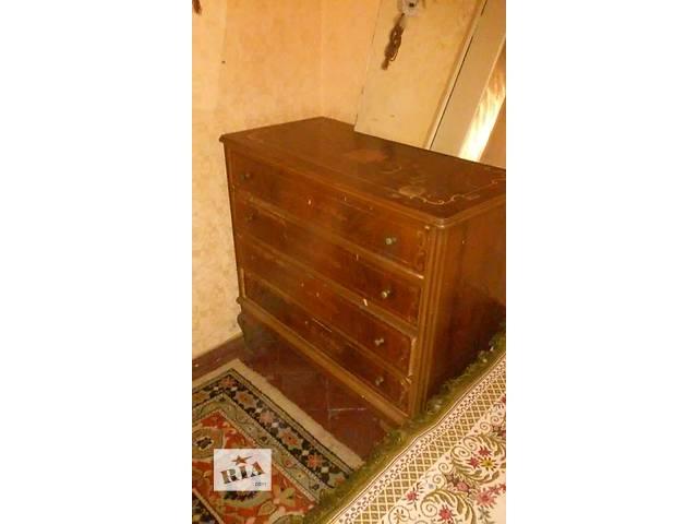 продам Срочно продам деревянный комод (еще имеется зеркало, шкаф, кровать и две тумбочки) бу в Николаеве