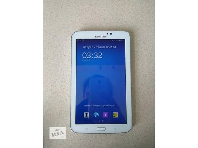 срочно продам свой планшет Samsung Galaxy Tab 3.7.0 SM-T210- объявление о продаже  в Киеве