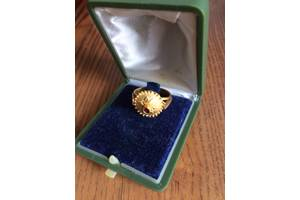 б/у Золотые кольца