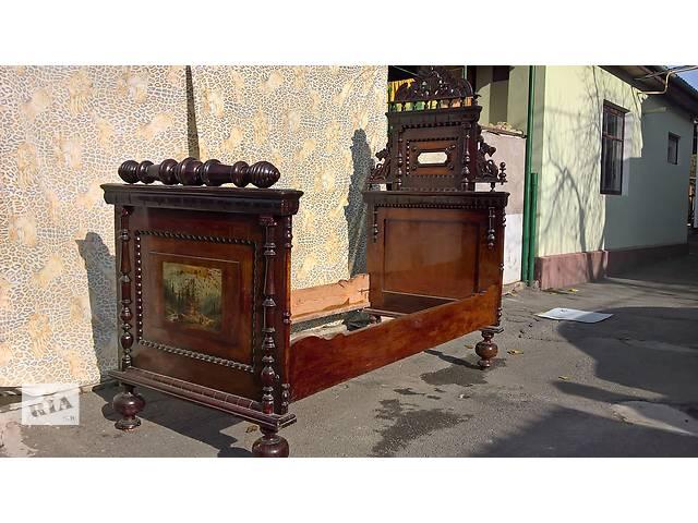 купить бу Старинная резная кровать в Каменец-Подольском