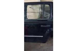 Стекла двери Jeep Patriot