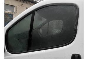 б/у Стекла двери Opel Vivaro груз.