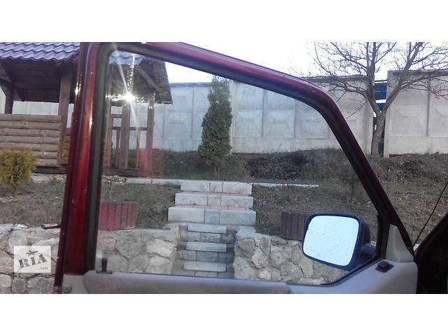 продам Стекло двери Volkswagen Caravella Фольсваген Т4 (Транспортер, Каравелла) бу в Ровно