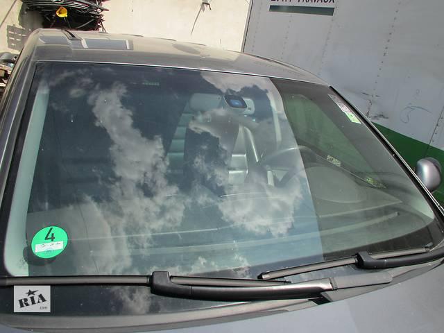 купить бу Стекло лобовое скло лобове Volkswagen Touareg (Фольксваген Туарег) 2003-2009p в Ровно